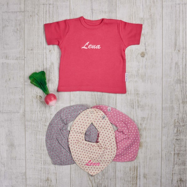 Colored set with t-shirt, bite and bath toys & scarves, fuchsia