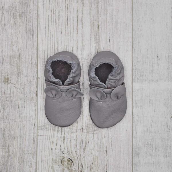 Lederfinken, Grau, Mäuseohren