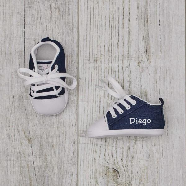 Chaussures bébé, jeans