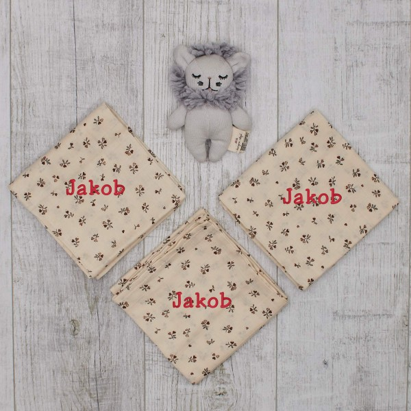 "Mini lion rattle & 3 swaddles ""Petit Amour"" - all organic"
