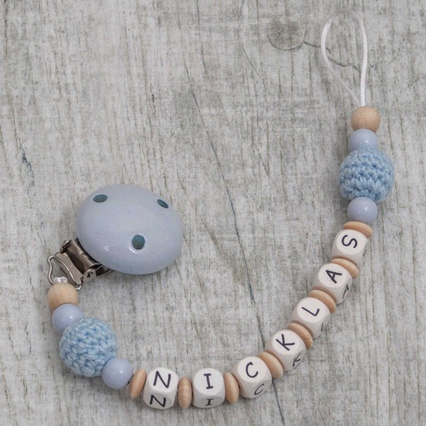 Dummy chain made of wood with crochet bead
