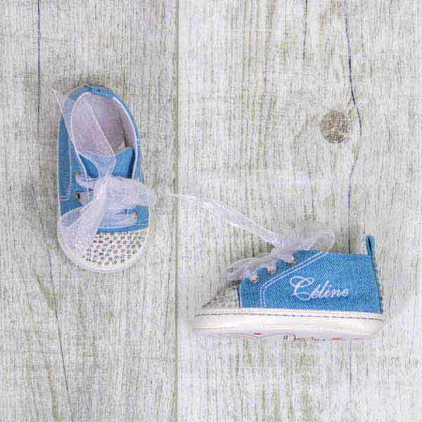 Chaussures bébé, jeans avec paillettes