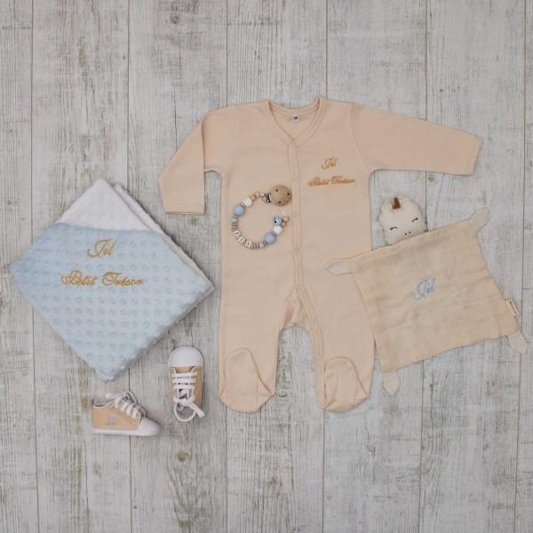 Baby-Set«Luxus» mit Pyjama, Decke, Schmusetuch, Nuggikette & Schuhe, Blau & Cremeweiss