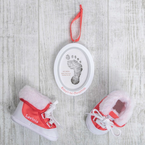 Baby boots, Red and frame