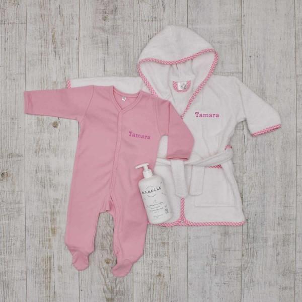 Bademantel, Gingham rosa, Strampler und Bio- Waschlotion Baby Set