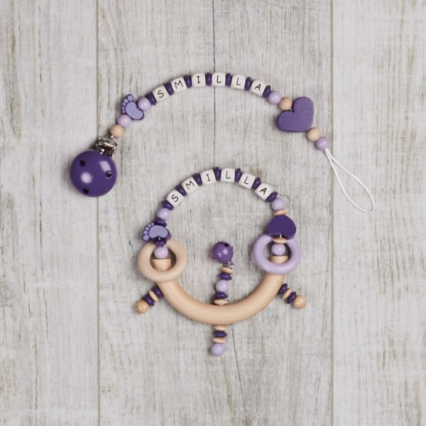 Ensemble 2 pièces, chaîne à lolette et hochet avec petit pied et cœur, violet