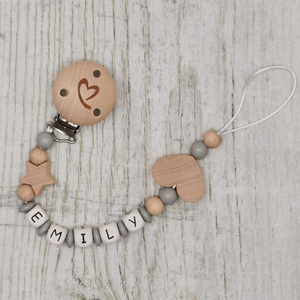 Wooden dummy chain with star and heart