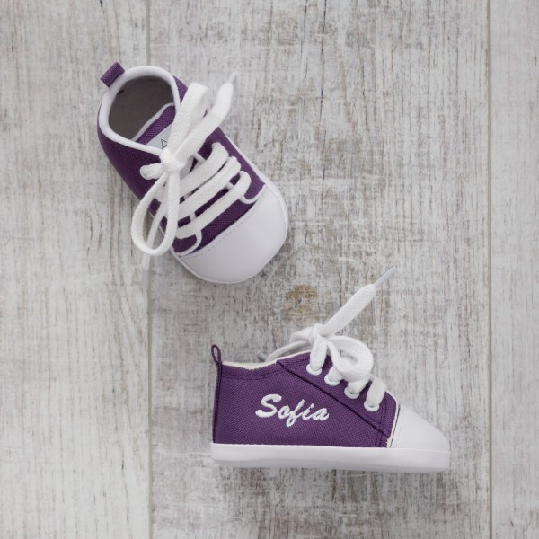 Baby shoes, Violet